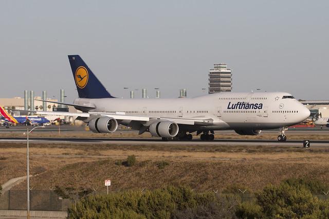 Lufthansa D-ABYR