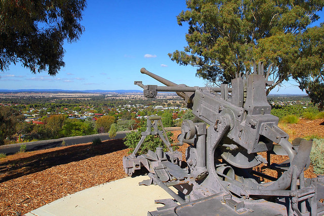 Parkes War Memorial