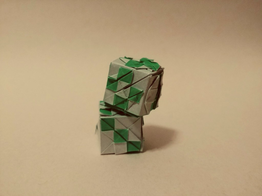 How to Make a Modular Origami Cube Box | 768x1024