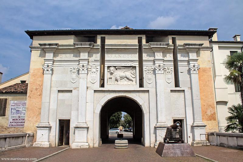 Porta Santi Quaranta, Treviso cosa vedere