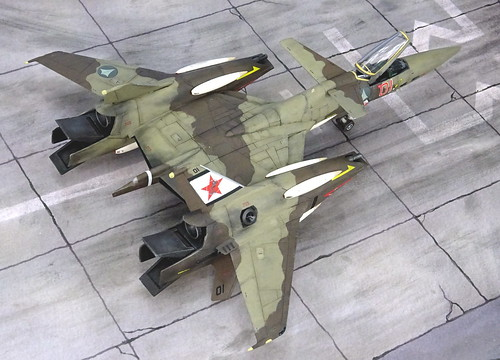 "Macross +++ 1:72 Stonewell/Belcom VF-4A ""Lightning III"", aircraft ""(7)01 Red"" of the VAT-127 ""Zentraedi Busters"" aggressor squadron; personal mount of Flight Leader Maxim Dadashov; Choir Flight Academy, Mongolia, 2016 (WAVE kit) 