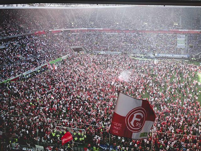 Schnell die WM rumkriegen... Dann ist endlich Bundesliga! . . . . . . . #f95 #Aufstieg #95ole #Bundesliga #lumix #lumixgx80 #gx80#gx85 #lumix1232 #Flickr #stadium #stadionshot