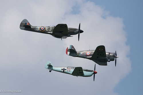 Formation Warbirds