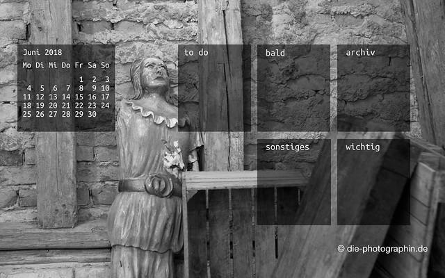 062018-holzfigur-organizedDesktop-wallpaperliebe-diephotographin