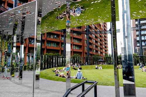 2017 - Open Square Garden - Saturday - 08 - Gasholder Park -7259 | by Out To The Streets