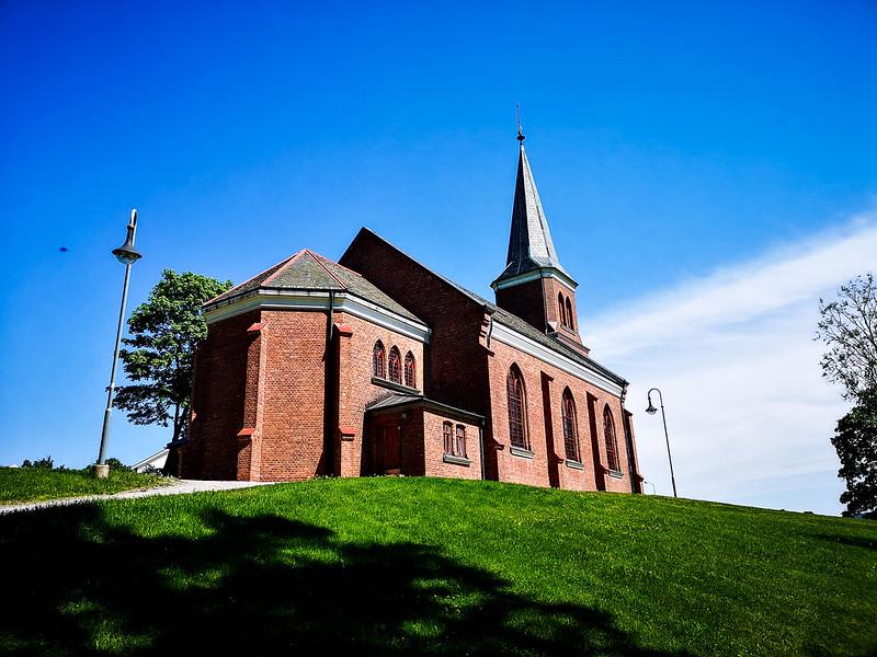 38-Skoger nye kirke