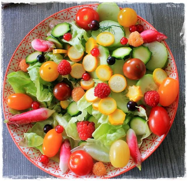 Salade aux mille et une saveurs et couleurs