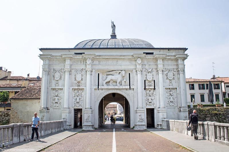 Porta San Tomaso, Treviso cosa vedere