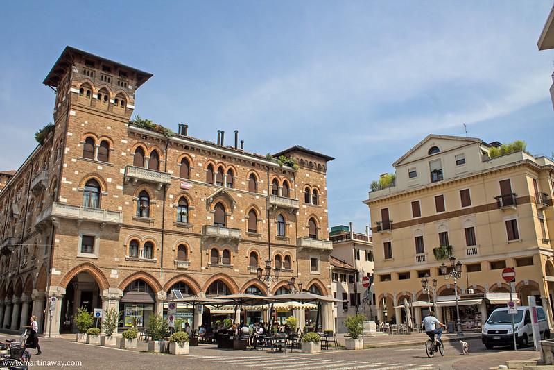 Piazza San Vito, Treviso cosa vedere