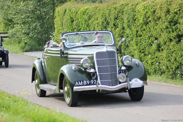 Ford V8 Model 48 Convertible 1935 (AM-89-92)
