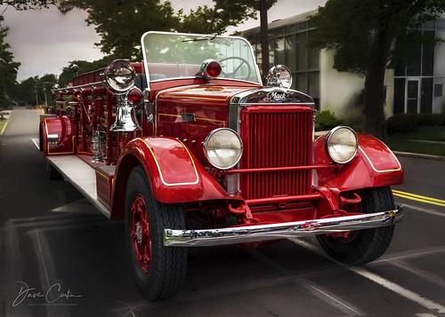 smithtown newyork fire department fd engine truck red ladder classic restoration vintage bright