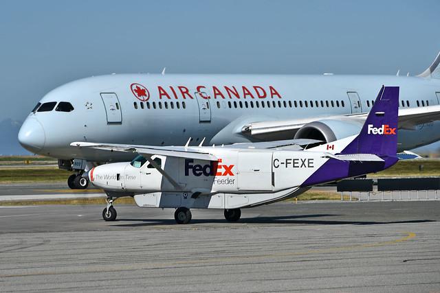 FedEx Feeder C-FEXE Caravan YVR AC Drealiner
