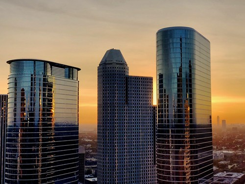 houston texas usa sunset sky weather dusk clouds orange downtown buildings architecture skyscrapers skyline