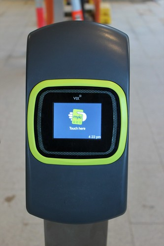 New myki reader at Rosanna Station