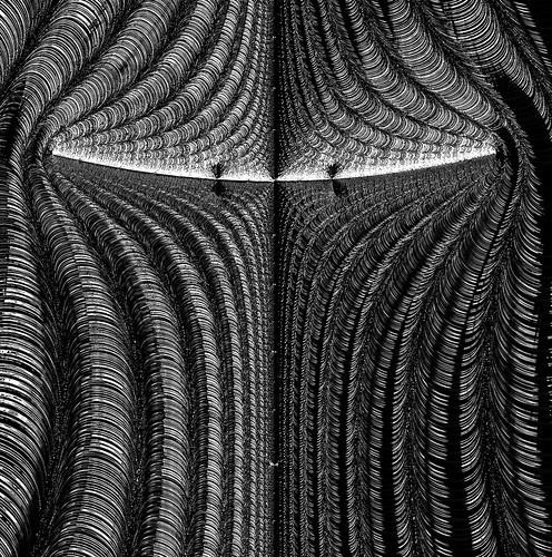 near symmetry mandelbrot frax fractal