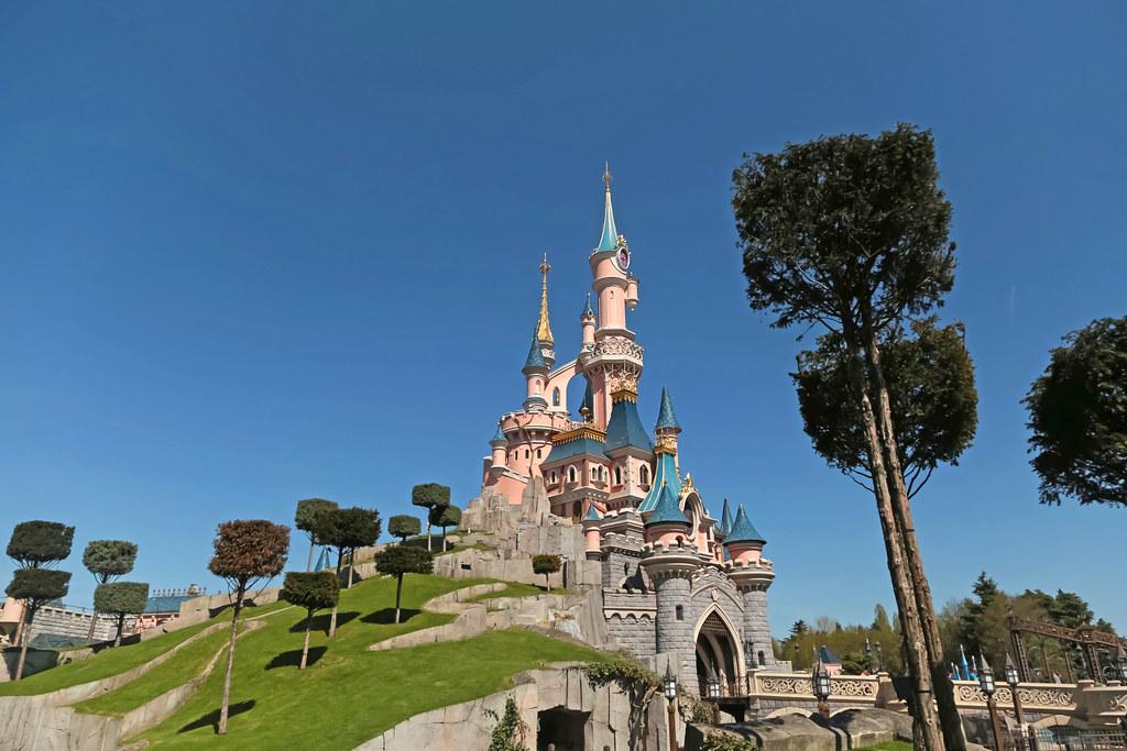 Le Château De La Belle Au Bois Dormant Disneyland Park