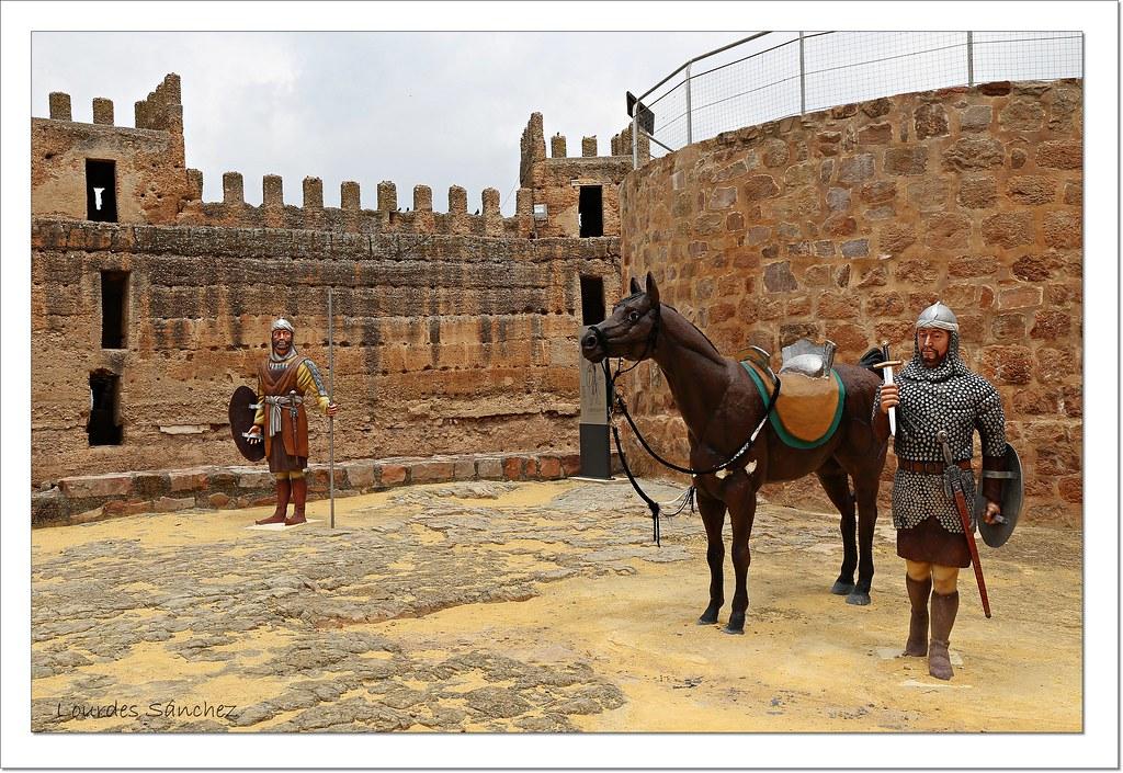 Banos De Epoca.Recreacion Del Ejercito De La Epoca Castillo De Banos De