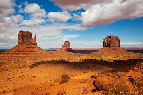 monumentvalley landscape arizona utah clouds valley shadows mittens themittens buttes merrickbutte mimiditchie mimiditchiephotography getty gettyimages