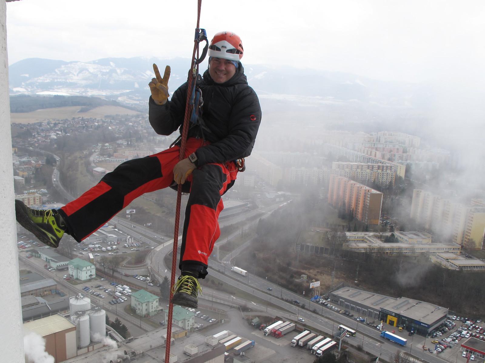 Montážne práce vo výškach