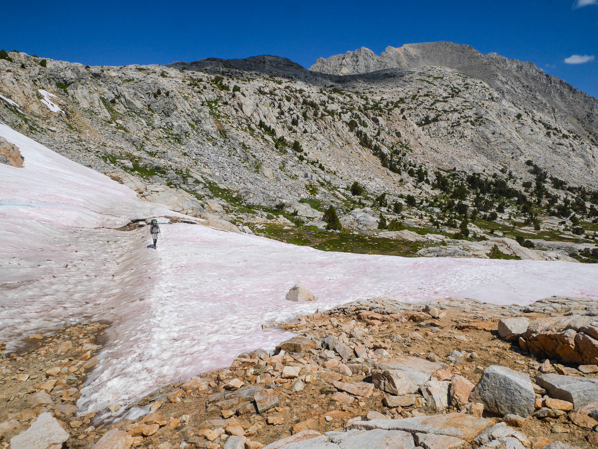September snow below Piute pass