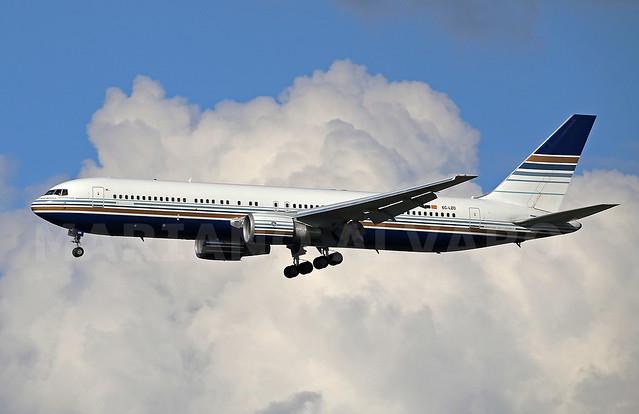 Boeing 767-35D/ER (EC-LZO) 25.5