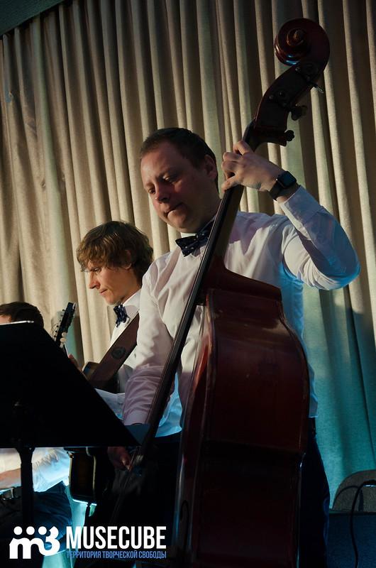 Большой джазовый оркестр-040