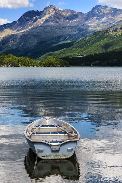 Picture of a flat calm