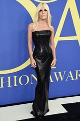 Donatella Versace CDFA Awards 4chion Lifestyle Red Carpet