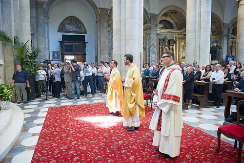 Alessandro Rossi riceve l'ordine del Diaconato.