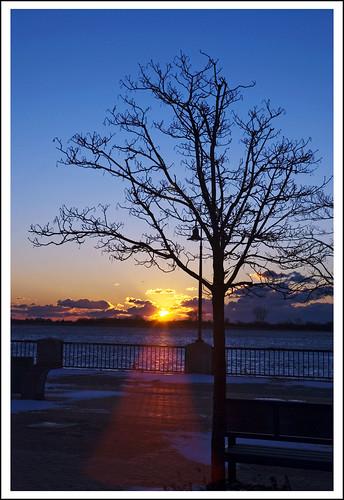 sunrise in winter | by MalNino