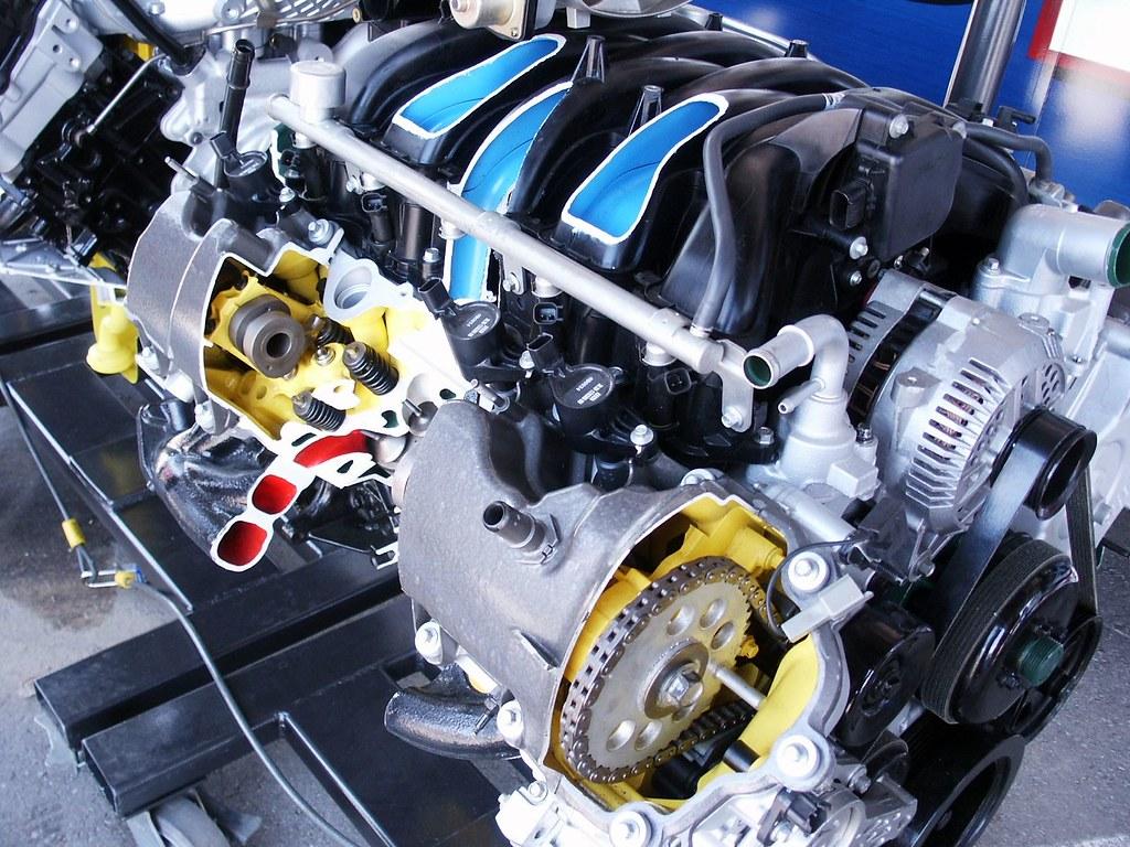 Ford V10 Engine >> Ford 6 8 Sohc 3v Triton V10 Engine Cutaway Cut Away Ford E
