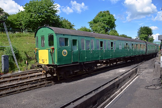 Hampshire 'Thumper' Unit No.1125, moves out of the Yard at Ropley, ready to take the 14.40 service back to Alresford. Mid Hants Railway Diesel Weekend. 03 06 2018