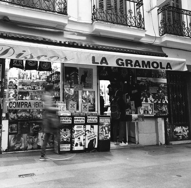 La Gramola - Kowa Six