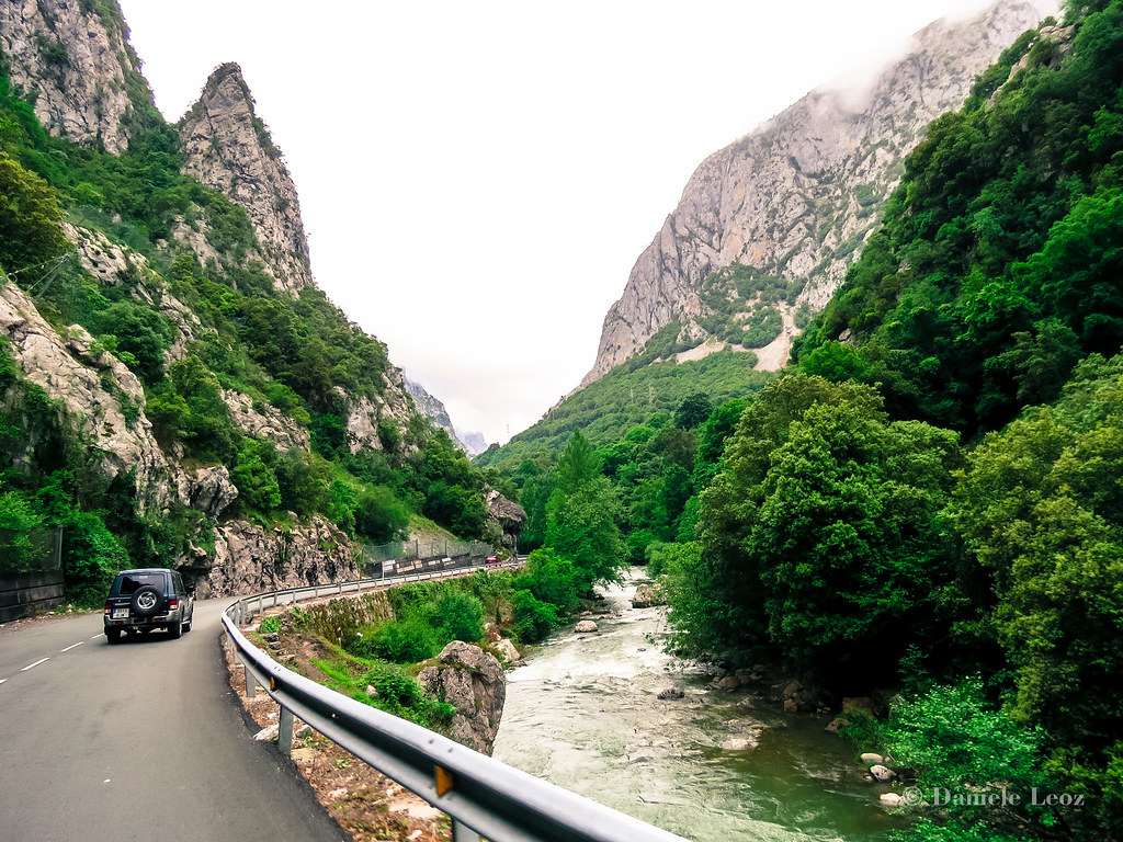 Desfiladero de la Hermida (Asturias)