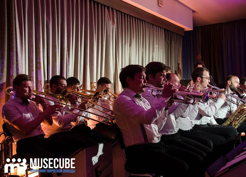 Большой джазовый оркестр-032