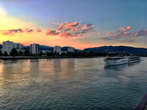iphone österreich austria oberösterreich upperaustria water river urfahr donau danube linz sunset
