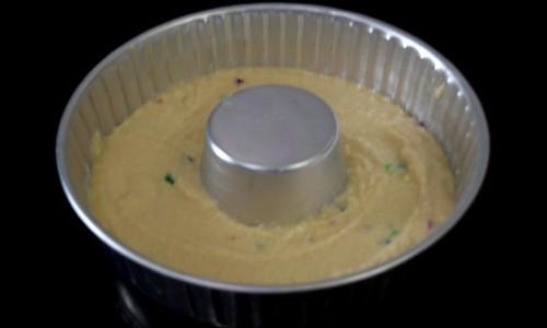 Eggless Semolina Cake Batter