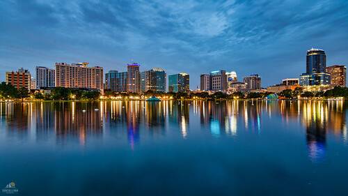 orlando lakeeola orlandofl cityscape reflection florida
