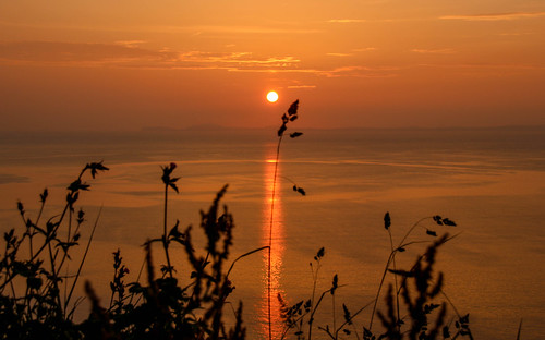 andygocher canon100d 100d europe uk wales westwales pembrokeshire coastalpath silhouette silouette sunset sun reflection water