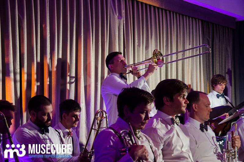 Большой джазовый оркестр-033