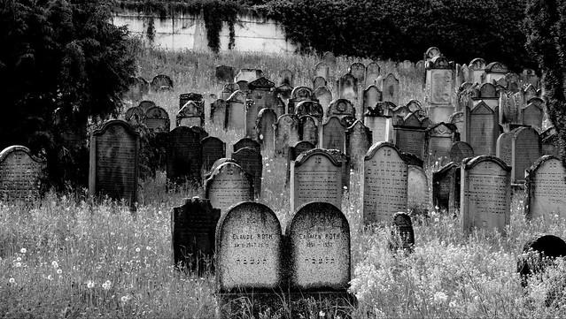 Cimetière Israélite  -  Cemetery Israelite