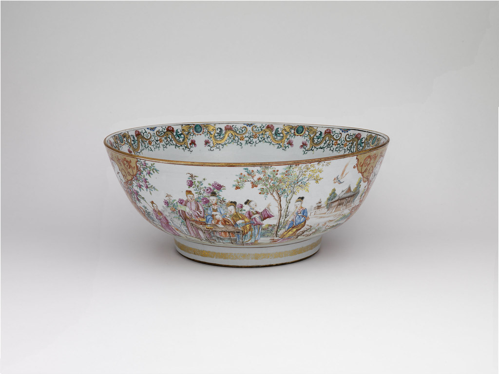 Chinese Export Porcelain Famille-Rose Christening Bowl Made for the British Market