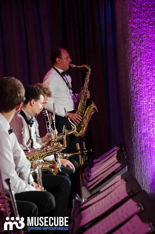Большой джазовый оркестр-030