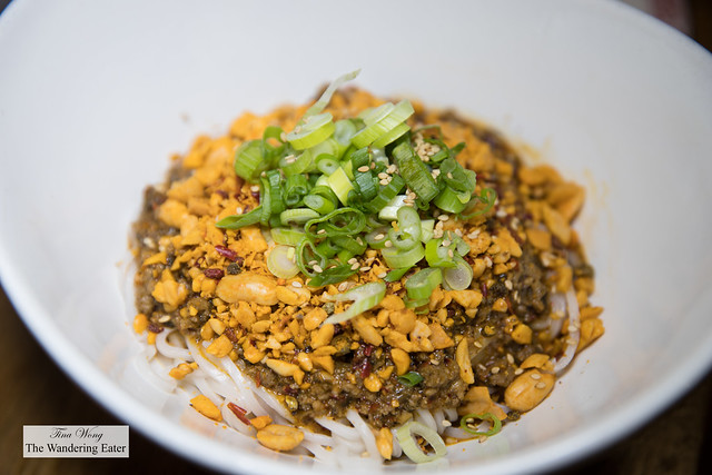 DDM (Dan Dan Mian; 担担面) - Dry fried ground pork with sprouts, sesame sauce, minced garlic, crushed peanuts and topped with scallion and sesame seeds