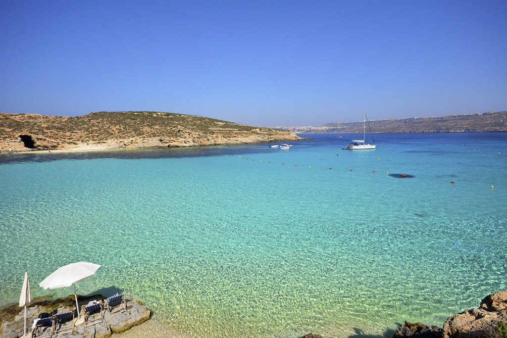 Blue Lagoon Comino Malta This Bay Is Really Amazing When