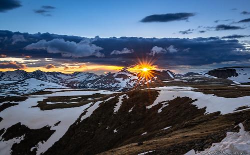 sunset sunstar rockymountainnationalpark neversummermountainrange continentaldivide mountrichthofen