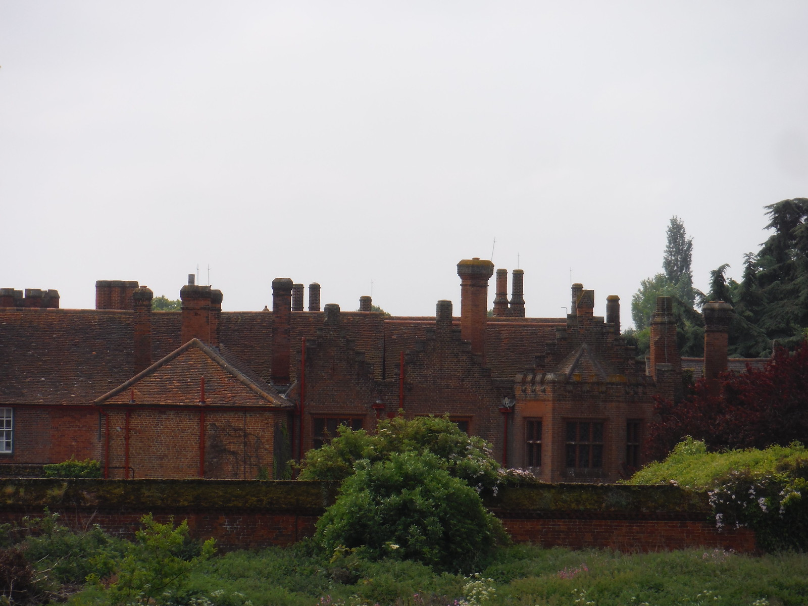 Ingatestone Hall SWC Walk 158 - Ingatestone to Battlesbridge or Wickford