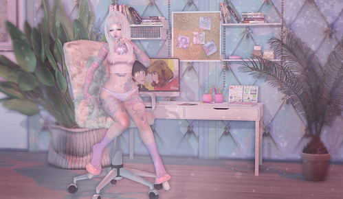 Muffin 88 v.1   by Muffin Faerye // Blogger // Owner of .Peony. Store
