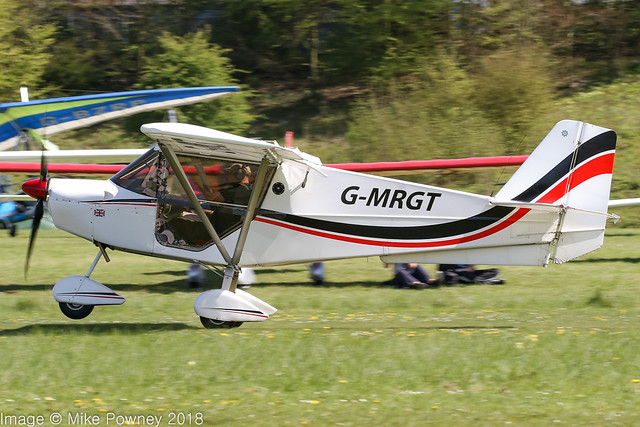 G-MRGT - 2013 build Best Off Skyranger Swift, departing from Popham during the 2018 Microlight Trade Fair