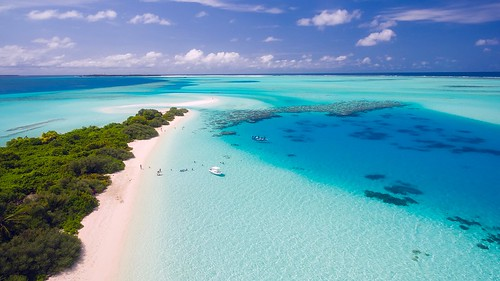Maldives | by www.travelosio.com